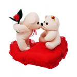 valentine-kissing